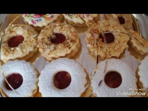 تشكيلة من الحلويات من CUISINE AMINA