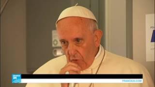 البابا فرنسيس يرفض الربط بين الإسلام والإرهاب