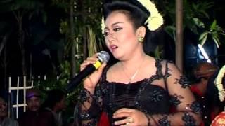 "Emplek-Emplek Ketepu: Menuk Sitowati "" Dj Electone "" Mekarsari Group Karangdowo Klaten"