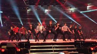 Video 170820 Wanna One (워너원) - 활활 (Burn It Up) Fancam KCON LA 2017 DAY 2 download MP3, 3GP, MP4, WEBM, AVI, FLV Oktober 2017