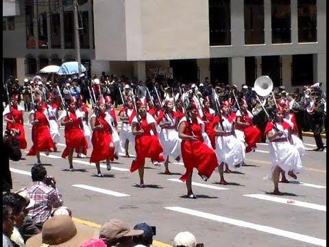 Desfile  Ejercito del Perú - Puno