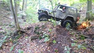 Jeep Wrangler, Cherokee and Hummer H2 offroading