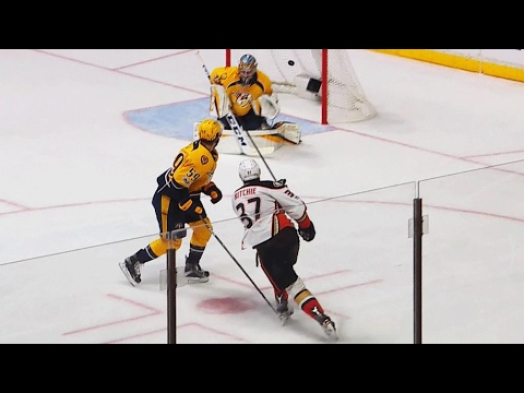 Ritchie fires one past Rinne to extend Ducks lead
