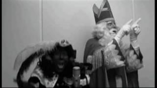 """Sinterklaasshow Re-Piet! Clip""""Op de daken gaat het dak eraf"""""""