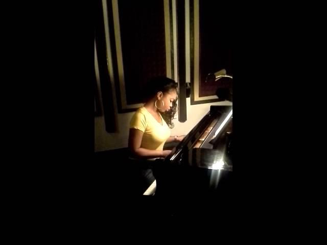 LeRuz La Rose On The Piano