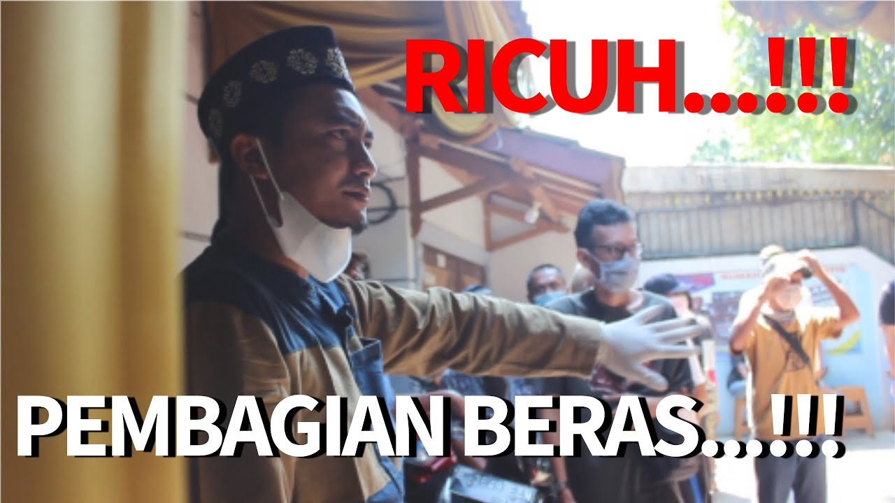 RICUH...!!! PEMBAGIAN BERAS GRATIS...!!!