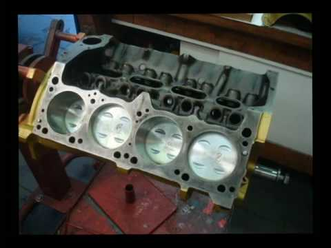 Garage34 - Small Block Chrysler 318 - Construction Video - YouTube