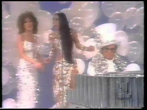 Elton John, Cher, Bette Midler, Flip Wilson- The Cher Show. 1975. Final Medley