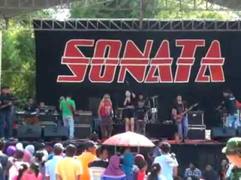 Sakitnya tuh disini om sonata live lamongan 2015