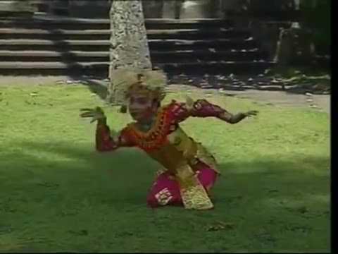 Tari Legong Kraton Balinese Dance Performance