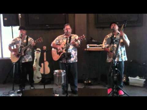Manoa Madness - Na Aliʻi Puolani