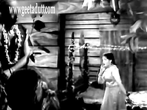 Kitna Badal Gaya Insaan - Kaahe Tadpaaye Kaahe Tarsaaye - Geeta Dutt