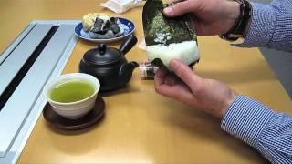 Japanese Rice Balls - Onigiri お握り (hd Video)