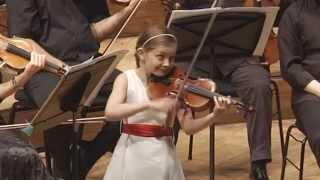 3rd mov. of Violin Concerto by Alma Deutscher (9)