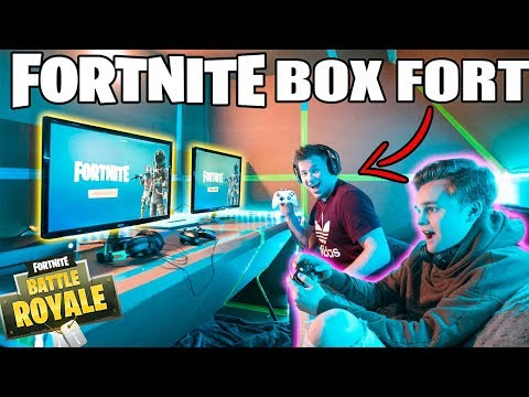 ULTIMATE FORTNITE GAMING BOX FORT