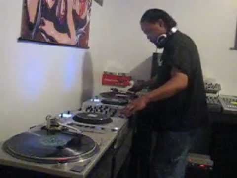 Old school chicago acid house mix 1 youtube for Acid house mix