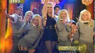 Gwen Stefani - Wind It Up (MTV Goes Gold - New Year
