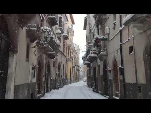 [10 Hours] Snowy Italian Town #1 Video & Urban Audio [1080HD] SlowTV