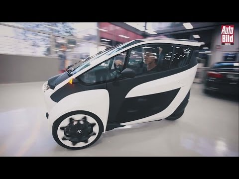 Review Awal Toyota i-Road di Indonesia