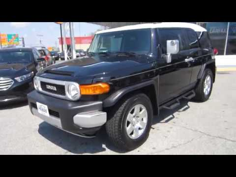 ** SUPER CLEAN INSIDE AND OUT !! ** 2008 TOYOTA FJ CRUISER ** SOLD !!