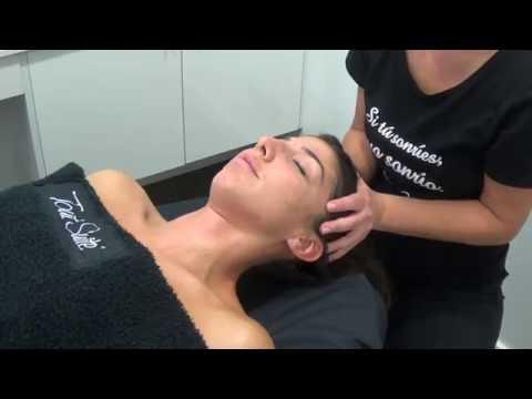 Sencillo Masaje relajante de cabeza / Indian head massage