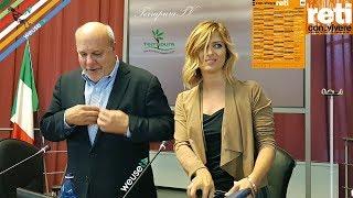 """Eva Giovannini intervista Alan Friedman """"Questa non è l'America! - Festival Con.Vivere Carrara"""