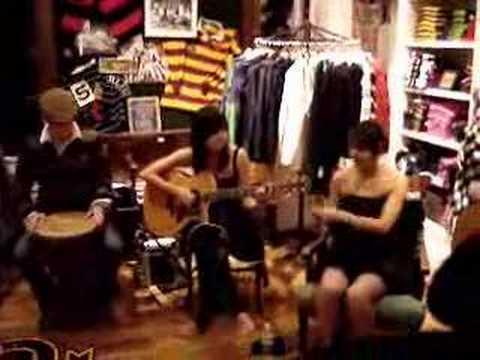 Meg & Dia: The Most Insane Band Ever