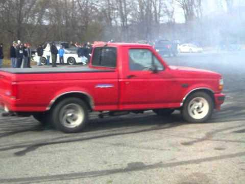 thanksgiving day burnouts avon ma 2010 1995 ford lightning burnout