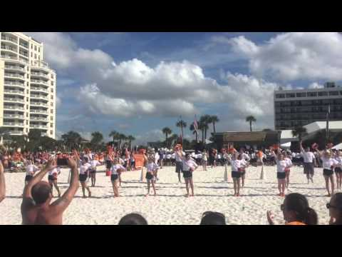 University of Tennessee Marching Band Cheerleaders @ Clearwater Beach