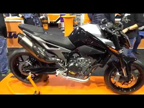 ktm 790 duke akrapovi youtube. Black Bedroom Furniture Sets. Home Design Ideas