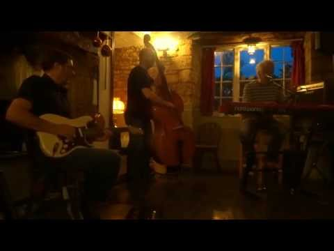 Pete Gage Blues Trio - Cooking Up A Mess Of Freshford Blues