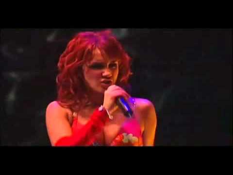 12. RBD - Una Cancion (DVD Tour Generáción)