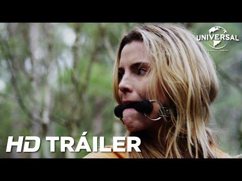 Emma Roberts y Hilary Swanklideran el tráiler de la polémica cinta La Caza