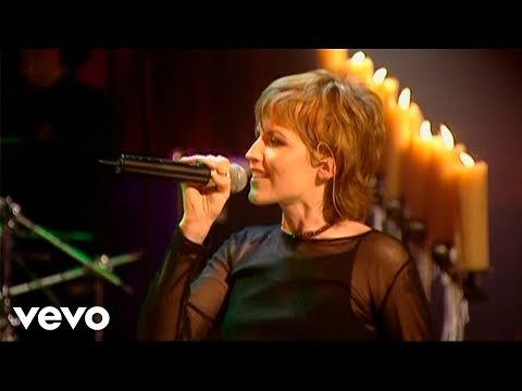The Cranberries - Loud And Clear Live From Vicar Street