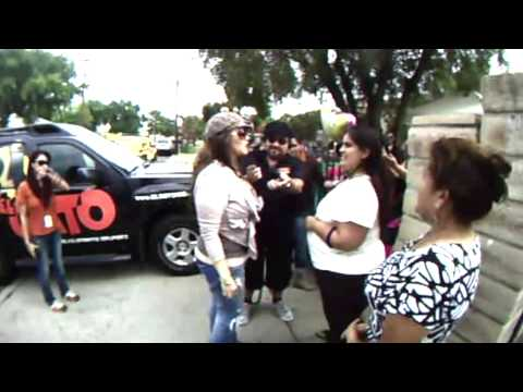 Jenni Rivera casa de Fan Erazno y la Chokolata | Youtube Music Lyrics