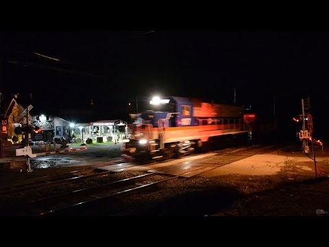 MNR Work Extra 107 w/ Loaded Stone Hoppers on the Harlem Line