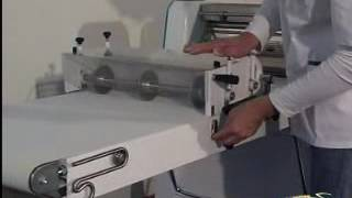 ТЕСТОРАСКАТОЧНАЯ МАШИНА МОДЕЛЬ MK600(ТЕСТОРАСКАТОЧНАЯ МАШИНА МОДЕЛЬ MK600 На видео вы можете увидеть, как работает тестораскаточная машина модель..., 2016-05-16T08:10:03.000Z)