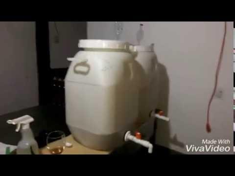 Proceso Artesanal De Filtrado Purificado Y Embotellado De Los Vinos Parte 1 Youtube