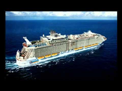 Круизный корабль Очарование морей