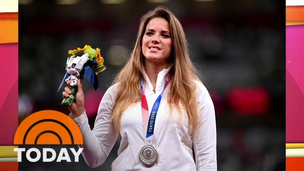 Olympian Maria Andrejczyk auctions off medal to help pay for ...