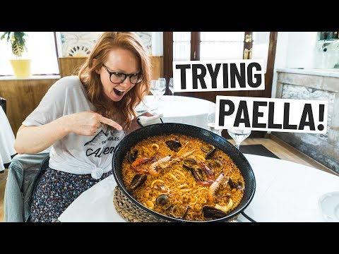 Spanish Food - Americans Try Paella FOR THE FIRST TIME! (Barcelona, Spain)