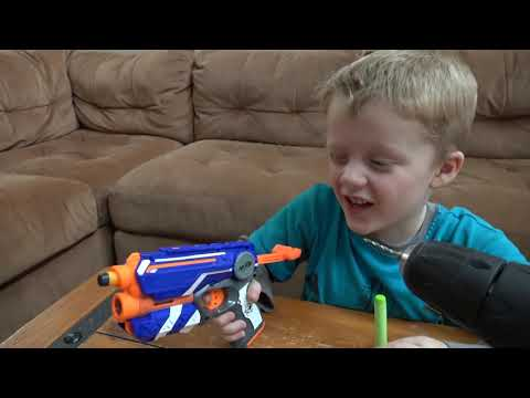 Nerf Guns Vs  Wild Lizard! Crazy Lizard Toy Runs Wild and the Boys take Action with Nerf Guns!