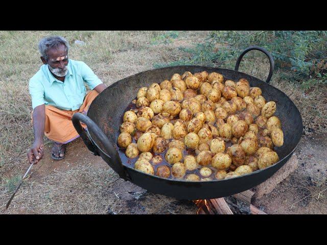 EGG Gravy !!! Muttai Kuzhambu Prepared by My Daddy ARUMUGAM / Village food factory