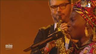 Angélique Kidjo chante le Boléro de Ravel dans Le Grand échiquier