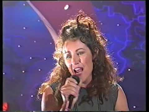 Grace Knight & Bernie Lynch - Heaven (Live)