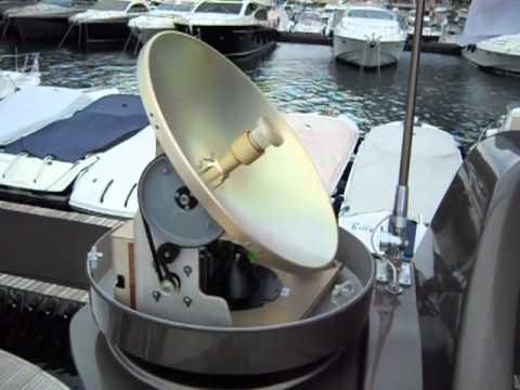Antenna SAT KVH M5 Monaco port Hercule Riva Yacht
