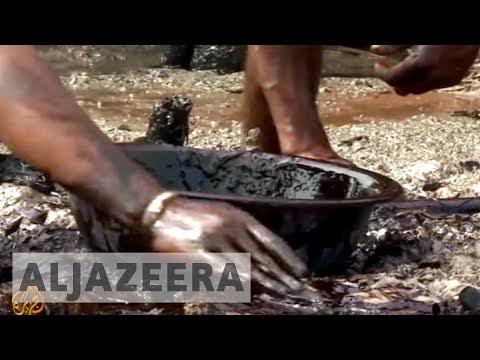 Bangladesh oil spill endangers livelihood