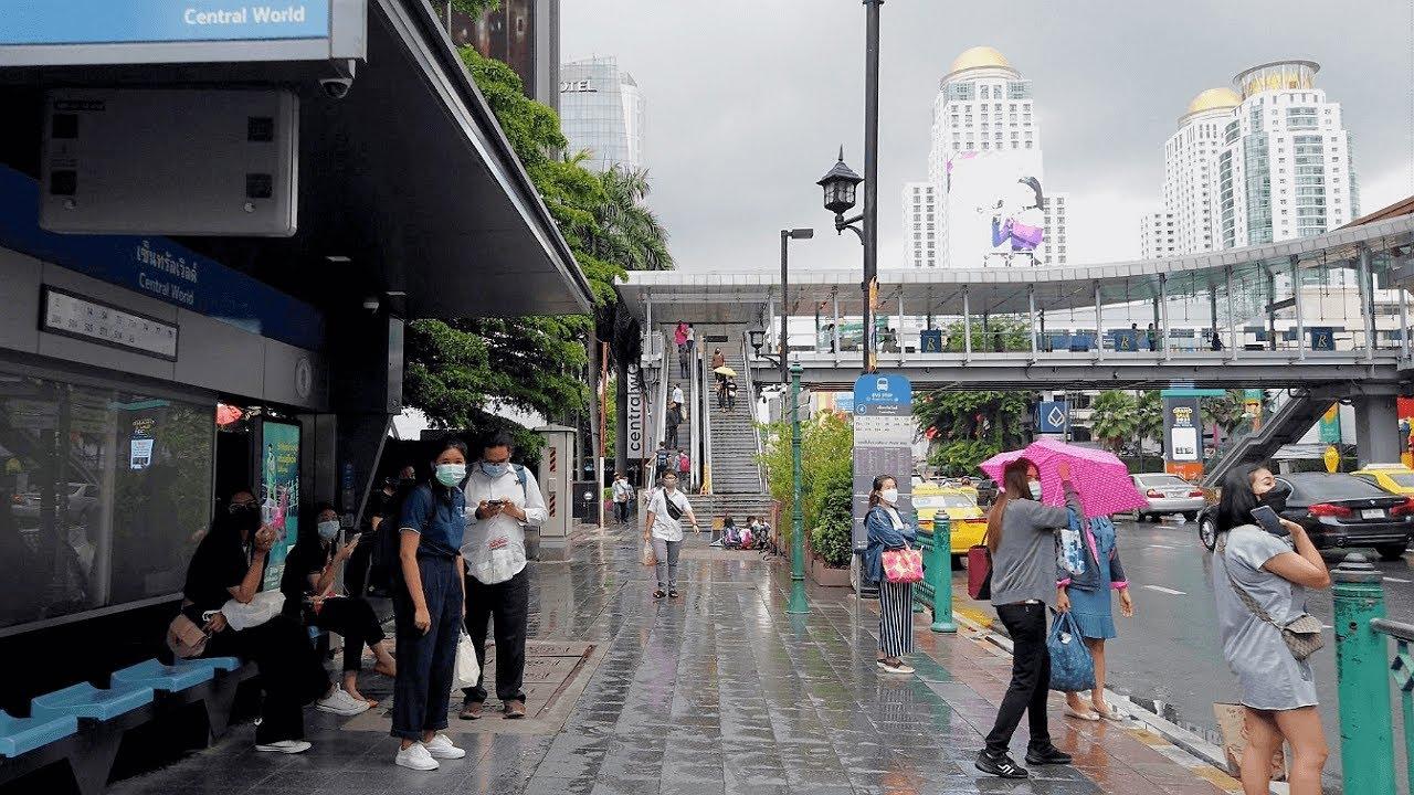 【4K UHD】 Thailand Travel - Walk around Bangkok Ratchadamri Rd after Rain
