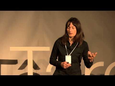 How to teach happiness in school? | Simona Ciff | TEDxTârguMureș