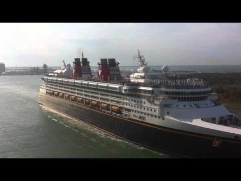 Disney Fantasy and Disney Magic Horn Battle